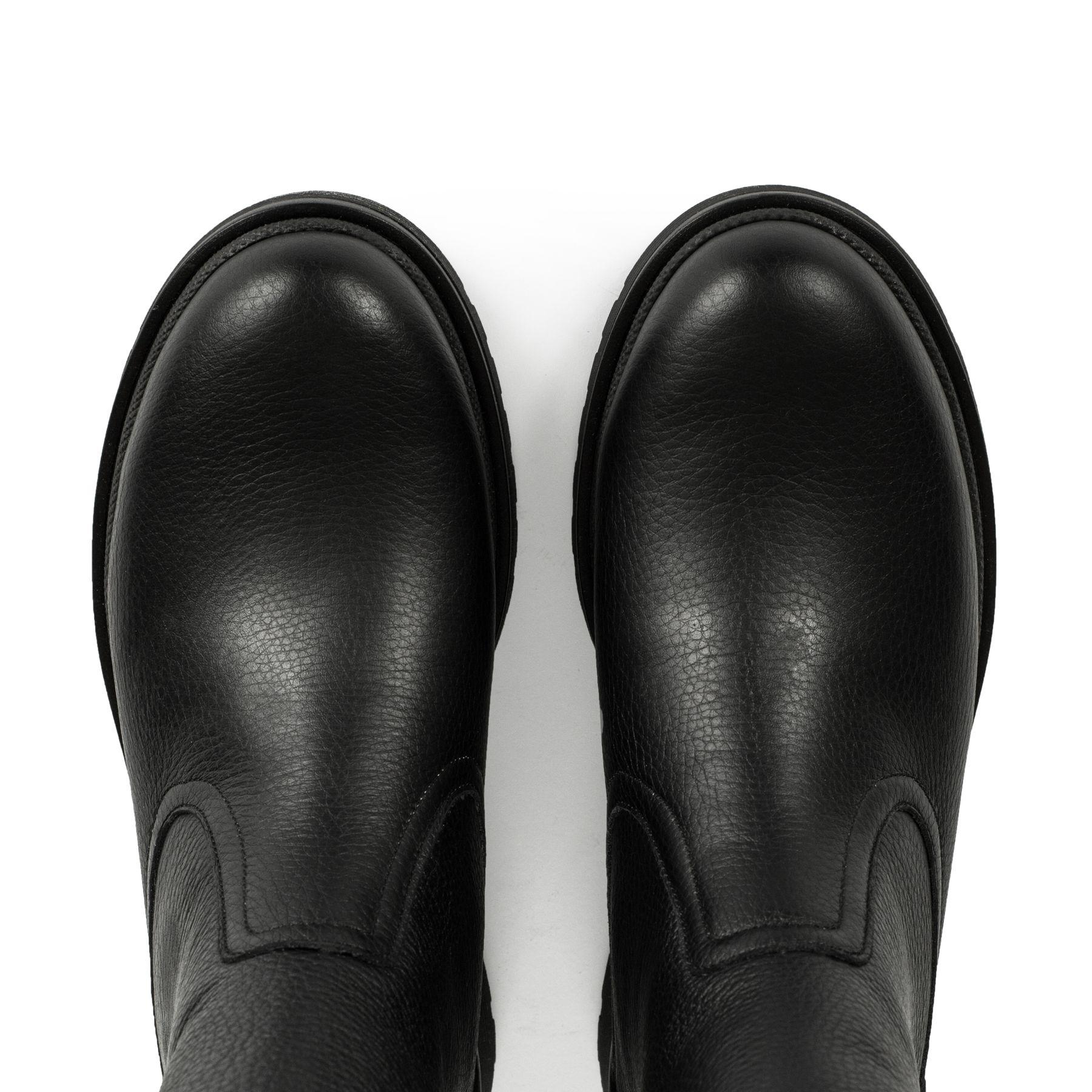 Черевики чорні на цигейці купити в інтернет-магазині Wladna ... 80eced7de44b9